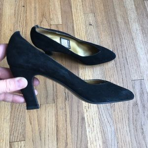 Vintage Vina Black Suede Pumps 7 1/2